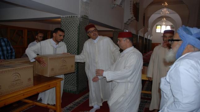 توزيع المساعدات الرمضانية على القيمين الدينين بإقليم اشتوكة ايت باها