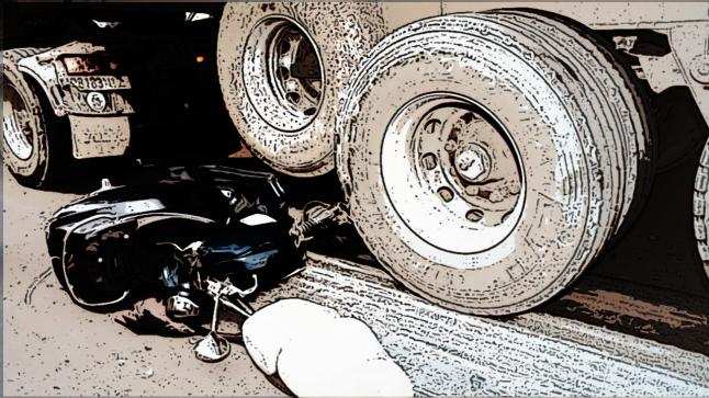 شاحنة تقتل شخصين في حادث مأساوي في إنشادن