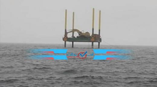 عااجل : البحر يبتلع منصة مشروع تحلية المياه البحرية باشتوكة