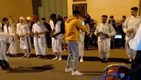 """شباب يحتفلون باسم """" بوجلود """" ليلا في خرق للطوارئ بأكادير"""