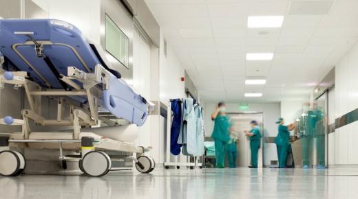 مسؤول طبي : طلب شيك كضمانة الإستشفاء الخصوصي أمر طبيعي و 7الاف درهم تكلفة مصاب واحد بكورونا
