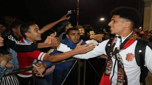شعبية يوسف الفحلي تكتسح مطار المسيرة بأكادير