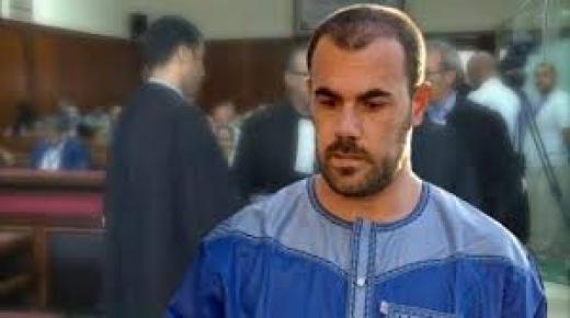 ناصر الزفزافي يغادر أسوار سجن مدينة طنجة