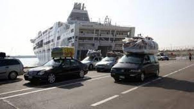 الحكومة تدعم النقل البحري للجالية بملياري درهم .. ونواب يطلبون إلغاء الحجر