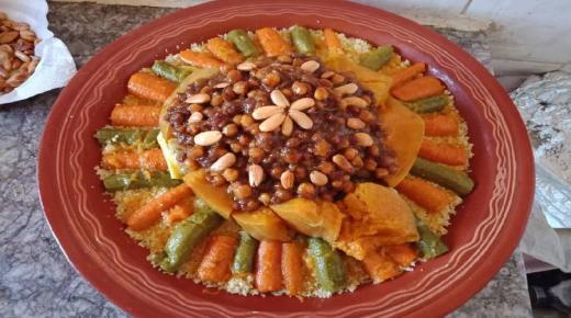 احتفاء بليلة القدر الفدرالية المغربية لمموني الحفلات تقدم وجبة كسكس تضامنية على الصعيد الوطني