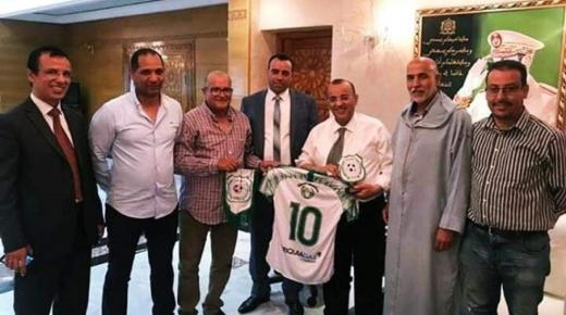 عامل إنزكان أيت ملول يستقبل فريق أولمبيك الدشيرة قبل مواجهة المغرب الفاسي