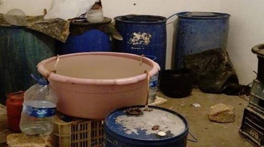الشرطة تحجز كميات من ماء الحياة وتعتقل المروج في بيوكرى