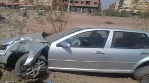 قاصر يسوق سيارة يتسبب في إصابة 14 شخصا من بينهم 10 سياح صينيين