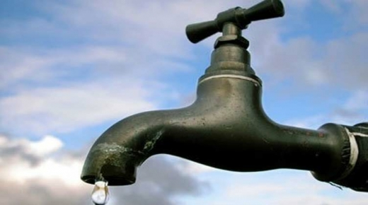تغير لون وطعم مياه الشرب يثير مخاوف ساكنة مدينة أولاد تايمة