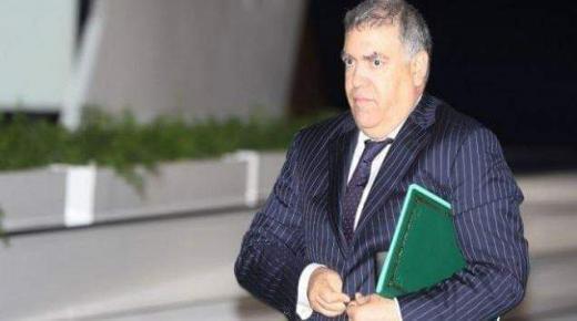 توقيف عون سلطة عن العمل بعد ظهوره في شريط فيديو يوثق تسلمه مبلغا ماليا من سيدة