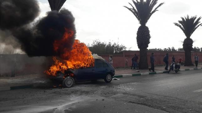 حريق ياتي على سيارة بالطريق الرابطة بين انزكان وايت ملول