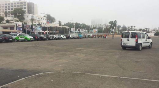 """أكادير : غرباء يستغلون """" مربد بيجوان المجاني """" للإسترزاق دون رقيب"""