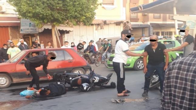 إصابة شخصين في حادثة اصطدام دراجتين ناريتين بأولاد تايمة