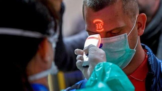 ارتفاع حصيلة وفيات فيروس كورونا المستجد إلى 6 في فرنسا وتسجيل 92 إصابة جديدة